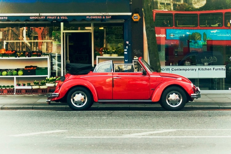 VW in the city